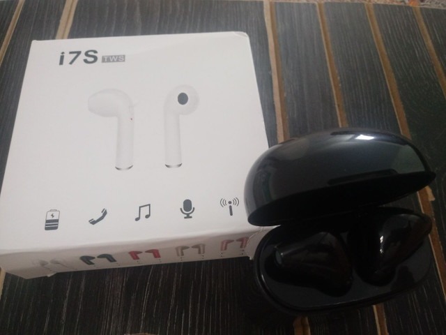 Fone De Ouvido Sem Fio Bt / Stereo Bts I7S /Airpods  iPhone/ Android/ Headset