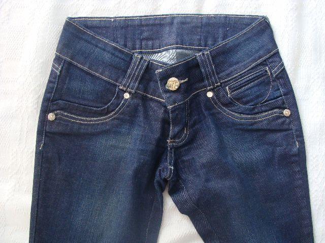 Calça jeans da marca República Mix