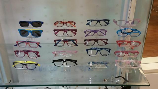 Expositor para óculos