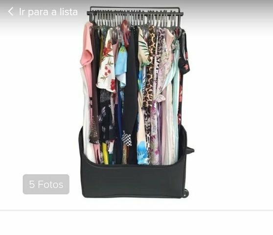 Mala arada para vendedores de roupas muito nova