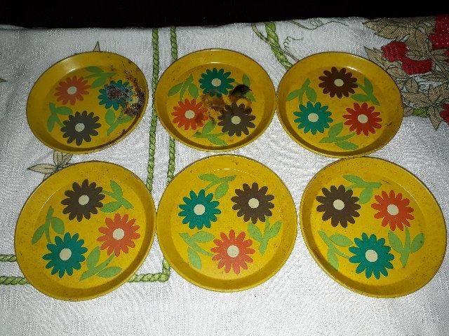 Conjunto de porta-copos antigo metálico - Foto 3