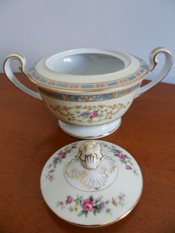 Açucareiro (Sugar Bowl & Lid) em Porcelana Chinesa Noritake 5032 Colby Blue - Foto 2