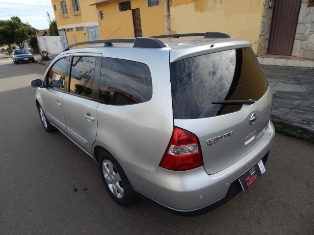 Nissan/grand livina 7 lugares 2010/2010 muito nova - Foto 8