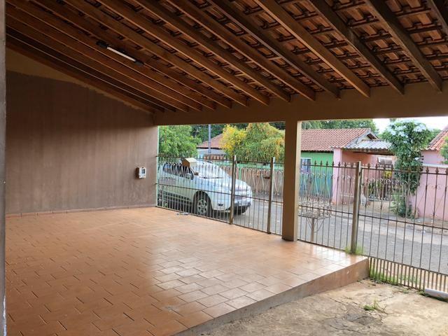 Alugo Casa no Aerorancho (próximo ao Terminal Aerorancho e Hospital Rosa Pedrossian) - Foto 4