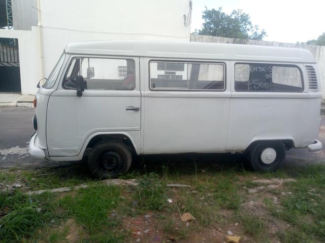Vendo Kombi ano 99 - Foto 2