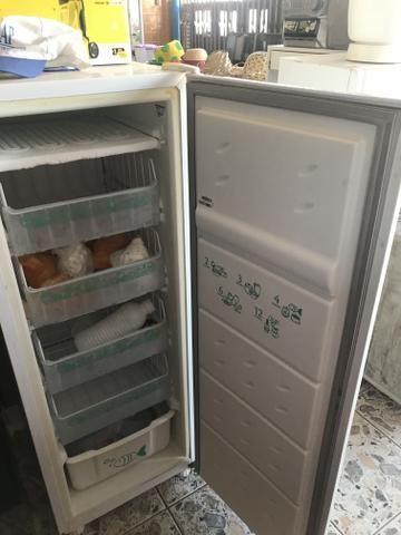 Freezer altamente novo - Foto 4