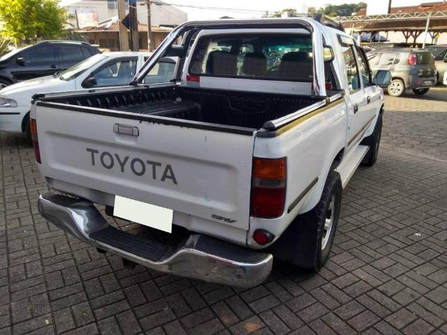 Toyota Hilux 3.0 Srv Cab. Dupla 4x2 4 - Foto 2