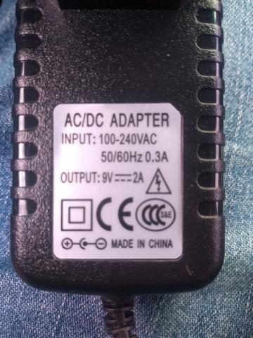 AC 100-240V Adaptador Conversor DC 5.5mm x 2.5MM 5V 2A 2000mA - Foto 3