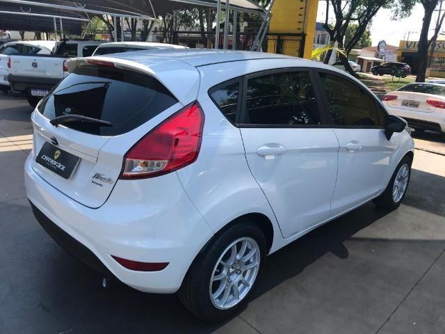Fiesta Hatch 1.6 SE - 2017 - Foto 8