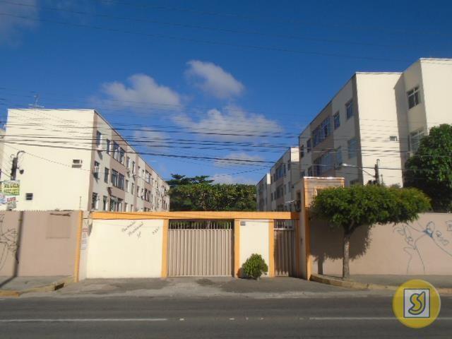 Apartamento para alugar com 3 dormitórios em Alagadiço novo, Fortaleza cod:14581