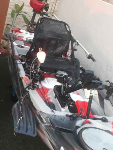 Caiaque Leader com Pedal e Motor - Foto 4
