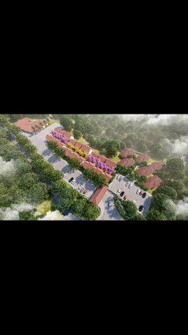 Excelente APT no empreendimento de altíssimo padrão Montserrat suítes e eco resort - Foto 6