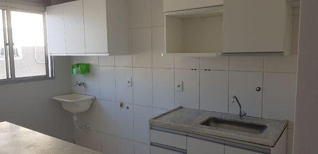 Apartamento duplex com dois quartos no Setor dos Afonsos - Foto 2
