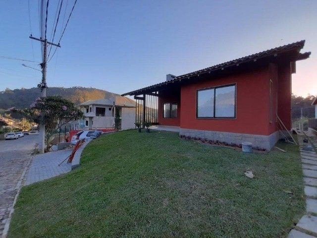 Casa com 3 dormitórios, 190 m², R$ 1.360.000 - Vargem Grande - Teresópolis/RJ. - Foto 2