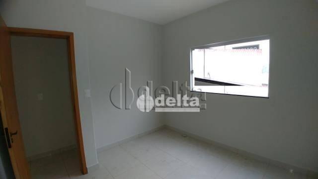 Apartamento com 2 dormitórios à venda, 60 m² por R$ 160.000,00 - Jardim Patrícia - Uberlân - Foto 2