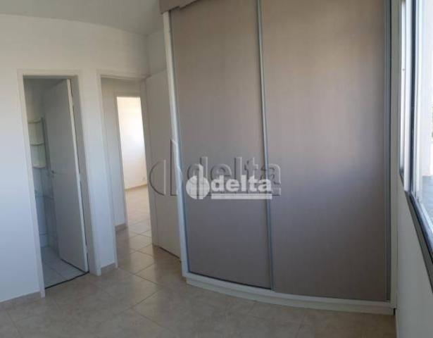 Apartamento com 3 dormitórios à venda, 60 m² por R$ 180.000,00 - Shopping Park - Uberlândi - Foto 10
