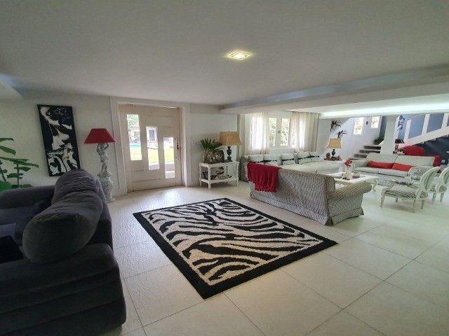 Casa com 4 dormitórios, 350 m², R$ 2.600.000,00 - Albuquerque - Teresópolis/RJ.