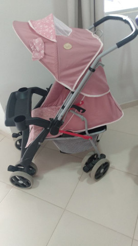 Carrinho de bebê marca tuttti baby - Foto 2