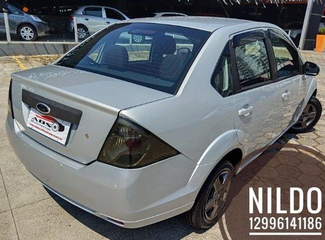 Fiesta Sedan 1.0 2014 Completão! Multimídia! Cam de ré! Troco e financio! Chama no zap! - Foto 4