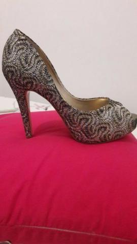 Sapato Laura Porto 35