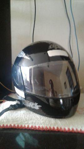Pouco usado capacete