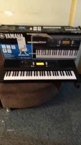 Teclado Yamaha psr-343