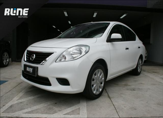 Good Nissan Versa 1.6 16V Flex SV 4P Manual 2012/2013