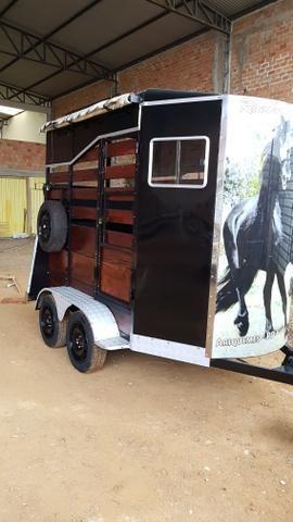Trailer pra 2 cavalos