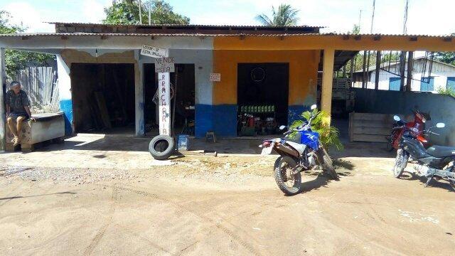Terreno com 3 casas na Comunidade Tipizal (Rodovia Curuá-Una)