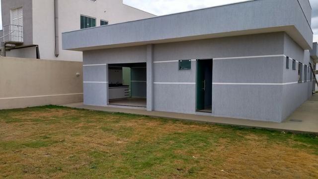 Samuel Pereira oferece: Casa Escriturada Nova Moderna Financia F G T S 3 Suites CABV - Foto 11