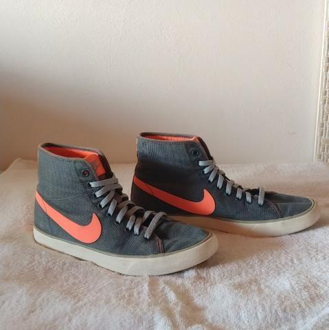 Tênis Nike cano alto 37 - Foto 2