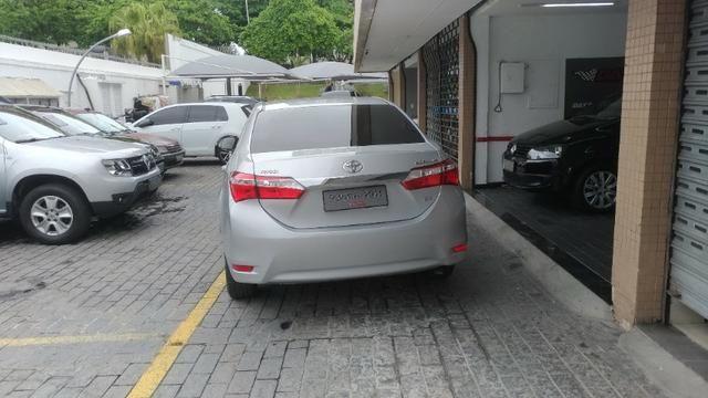 Corolla GLI Ano 2016/2017 Cor Prata R$64.900,00 - Foto 9