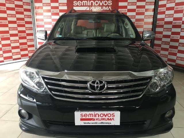 Toyota sw4 srv 3.0 4x4 7 lugares - Foto 2
