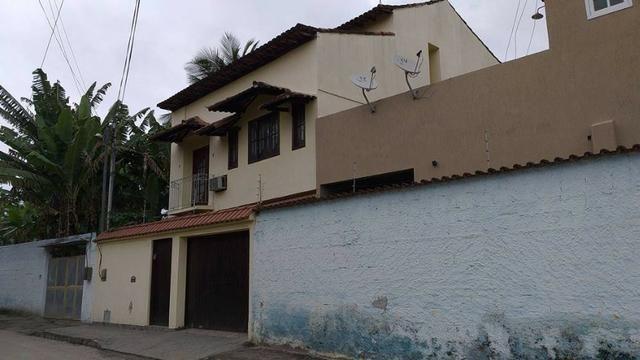 Casa 3 quartos no Centroi de Itaboraí Próximo ao Colégio Adventista !!