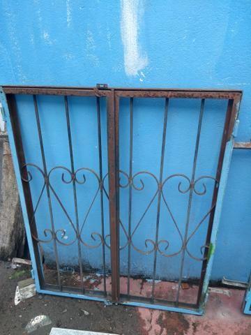 2 janelas de 1m x 80cm por R$ 100 - Foto 3
