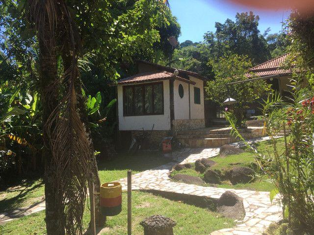 Casa da Cachoeira no pé da Serra de Friburgo - Foto 16