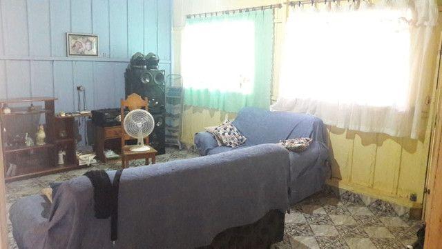 Casa, com 4 apartamentos aptos a alugar, em Excelente Localização! - Foto 4