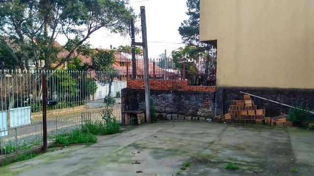 Duas Casas 4 dormitórios frente 2 Ruas estac 8 carros Junto Planalto - Foto 17