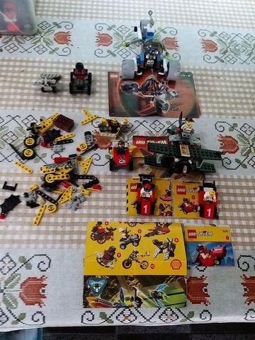 Lego com diversas peças Barbada