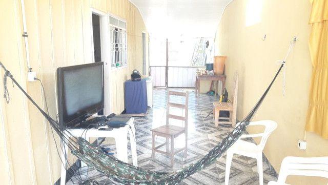 Casa, com 4 apartamentos aptos a alugar, em Excelente Localização! - Foto 8