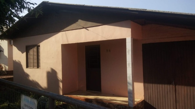 Vendo Casa de Alvenaria com Terreno Amplo- Santo Antônio da Patrulha