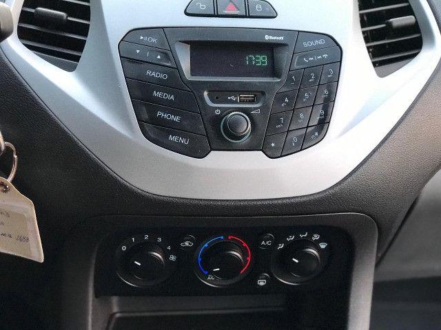 Ford KA SE 1.0 Flex Manual Branco 2015 - Foto 17