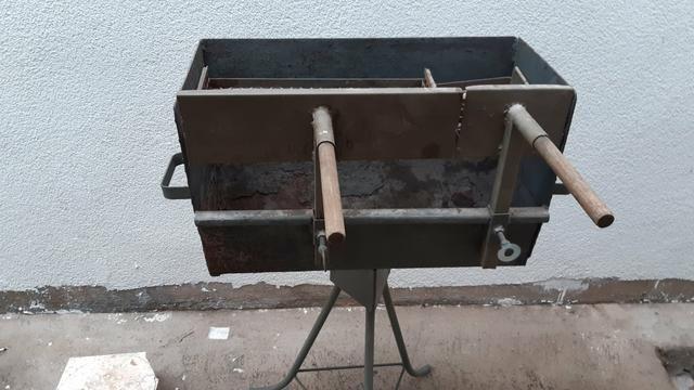 Vendo uma churrasqueira - Foto 2