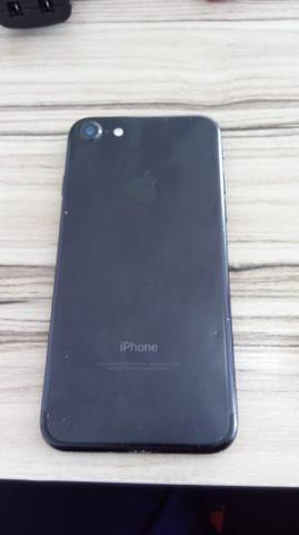 Iphone 7 black 128 gb - leia o anúncio