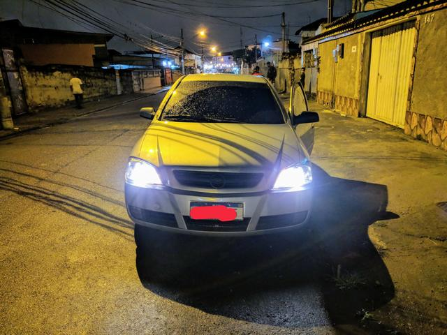 Astra Elite Sedan em BOM estado!! - Foto 2