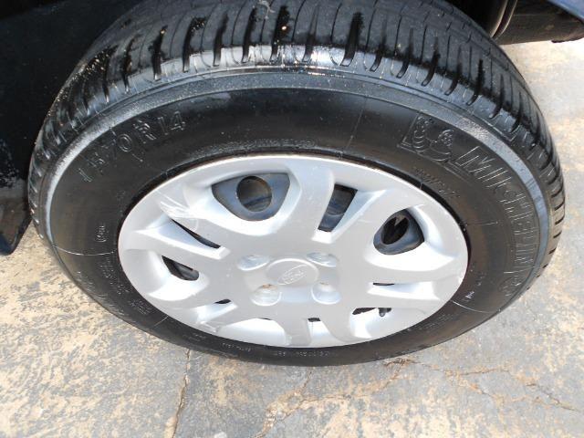 Ford fiesta hacth 1.6 flex 2012/2013 completo revisado lacrado ipva pago - Foto 8