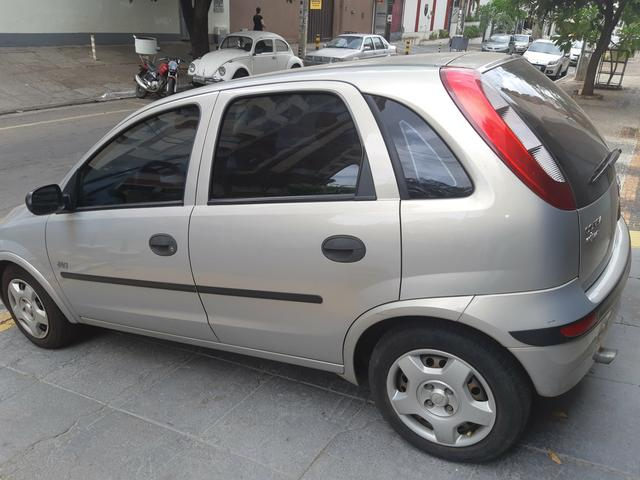 Chevrolet Corsa Hatch Joy 2004/2005, cor Bege Nevada