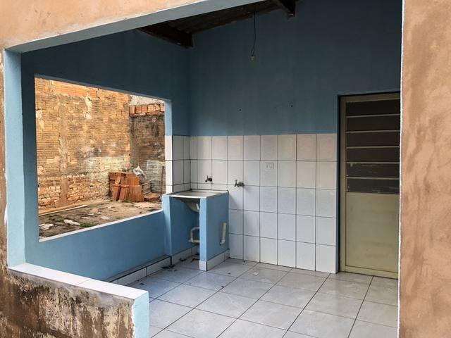 Alugo Casa no Aerorancho (próximo ao Terminal Aerorancho e Hospital Rosa Pedrossian) - Foto 14