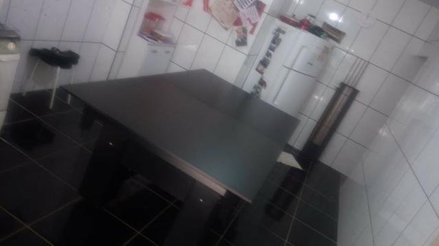 Mesa Charme de Bilhar Cor Preta Tecido Vermelho Mod. HTCH7600 - Foto 2