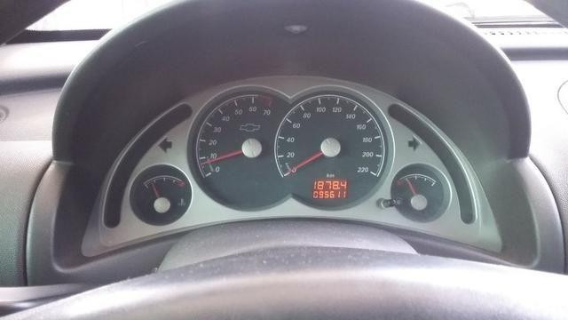 Corsa Sedan - 1.4 Premium - 2010/2011 - Foto 4